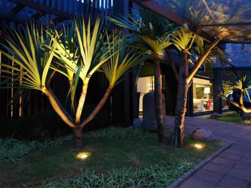 Light In Garden ressalta a importância da luminotécnica no paisagismo