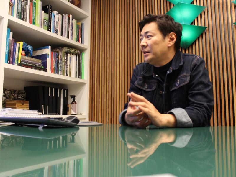Bate papo com Alex Hanazaki o ícone do paisagismo contemporâneo que será o Profissional Destaque da 6ª edição do Anuário de Paisagismo
