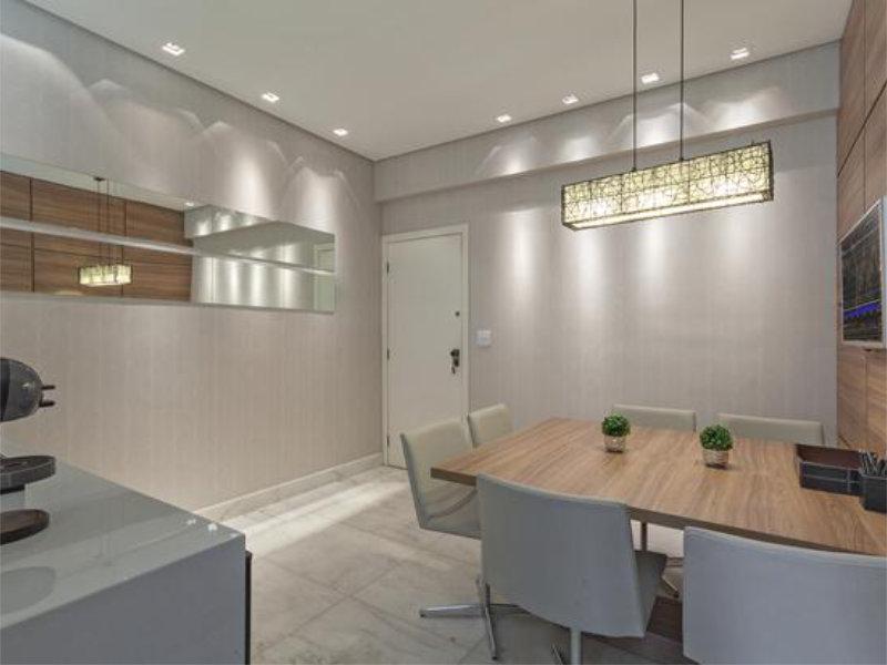 A decoração em escritórios com espaço reduzido